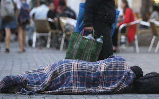 Jerusalem Beggar 4