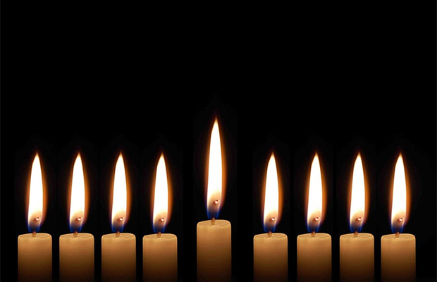 eight days of hanukkah candles