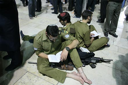 Boys from Golani Brigade at the Kotel on Tish B'Av